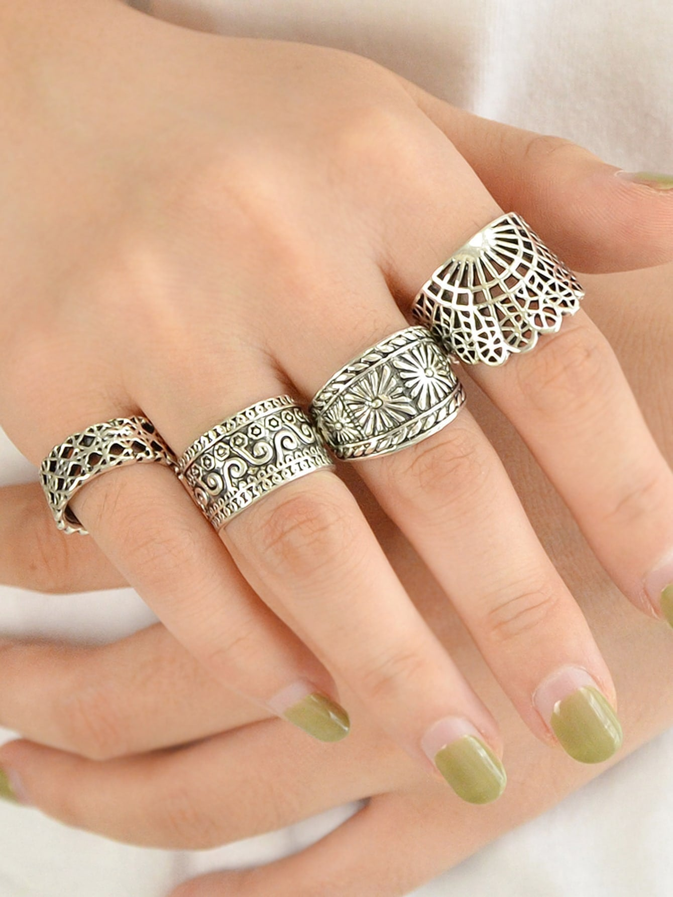 Silver Hollowed Out Knuckle Ring 4 Piece Set