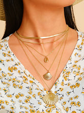 Load image into Gallery viewer, Golden 1pc Shell Charm Layered Metal Chain Pendant Necklace