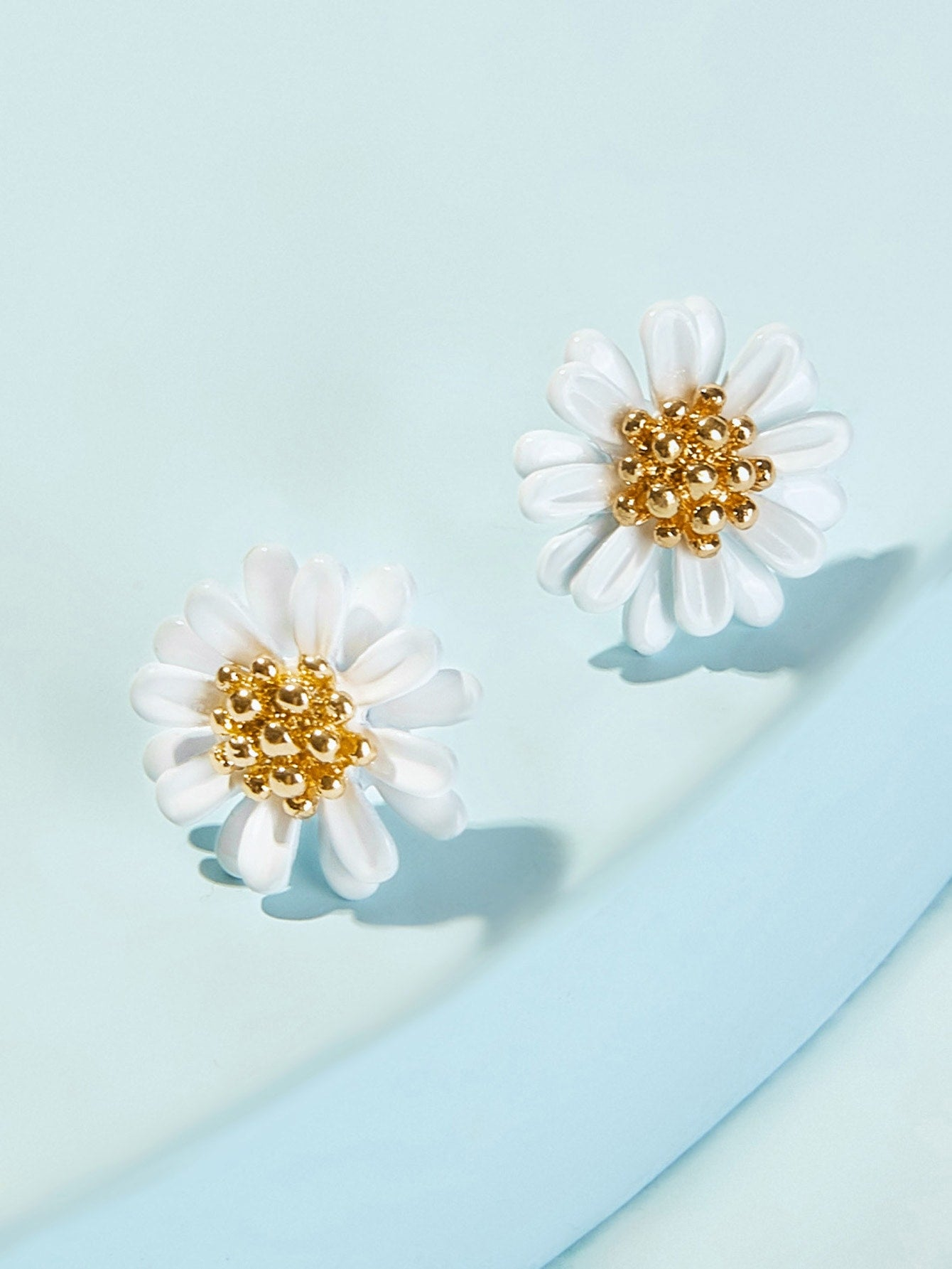 1pair Multicolor Daisy Gold Silver Stud Earrings
