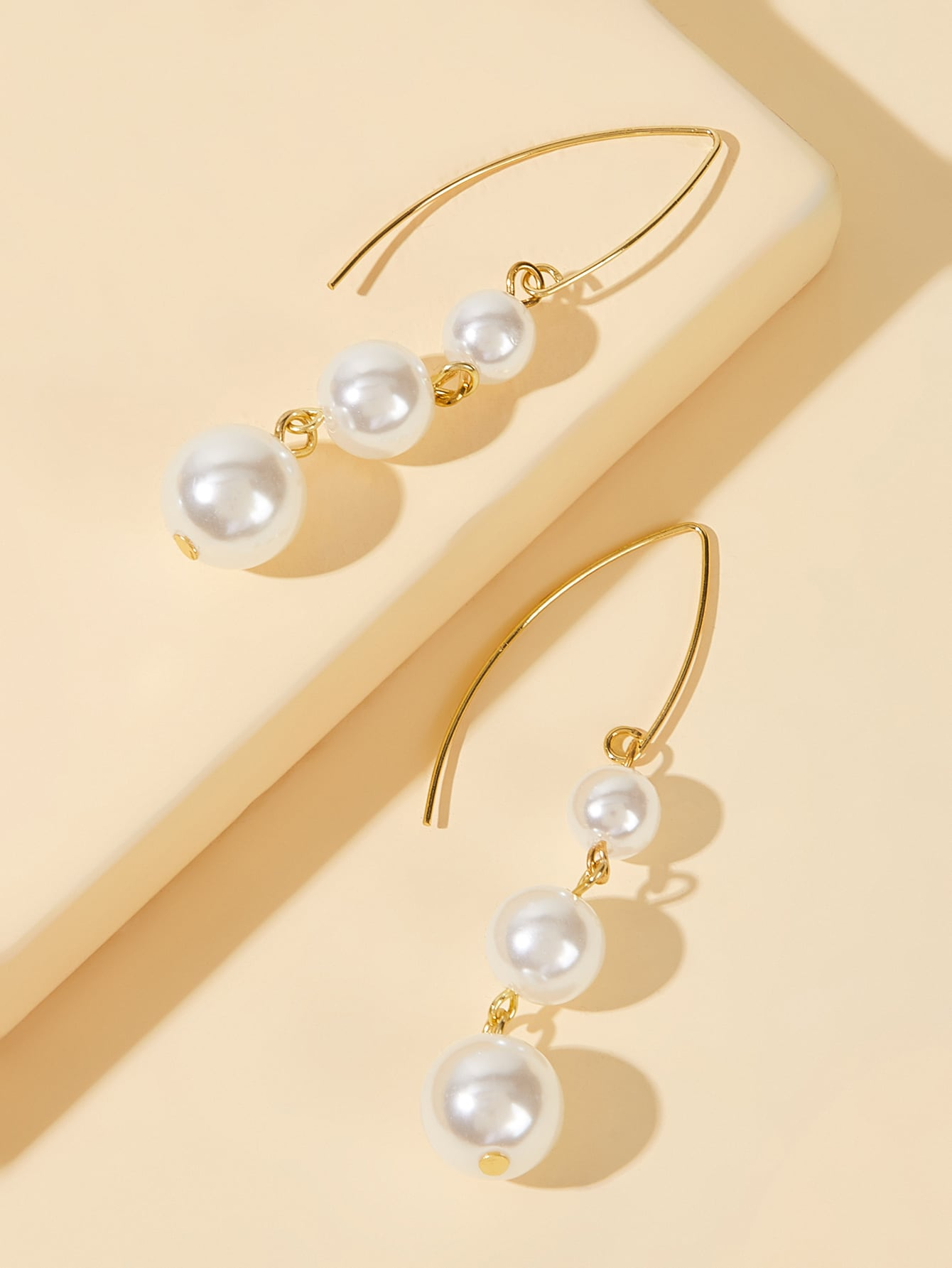Golden Drop Earrings With Faux Pearl 1 Pair