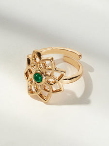 Golden Hollow Flower With Green Gemstone Toe Ring 1pc