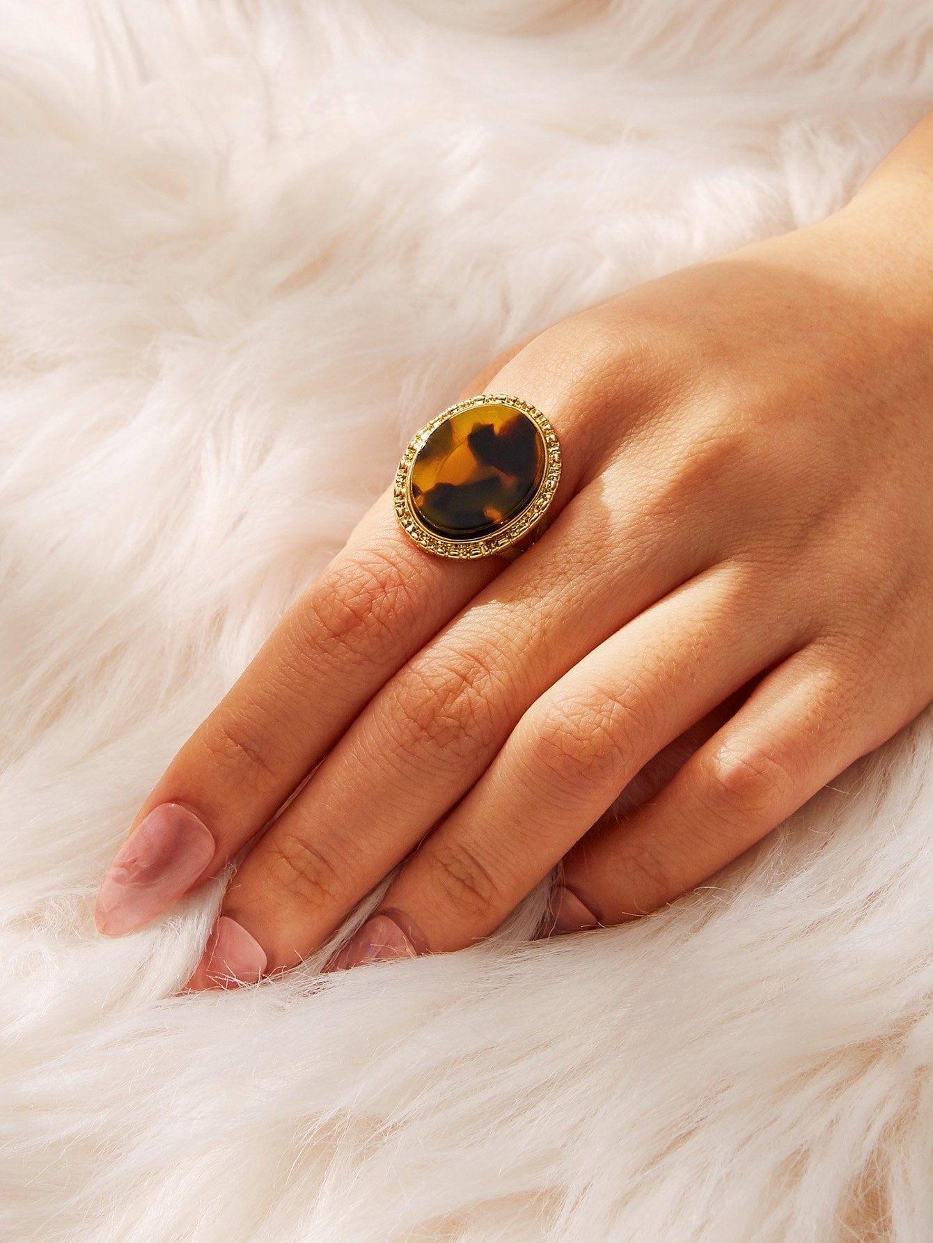 Multicolor 1pc Tortoiseshell Metal Pattern Round Decor Ring