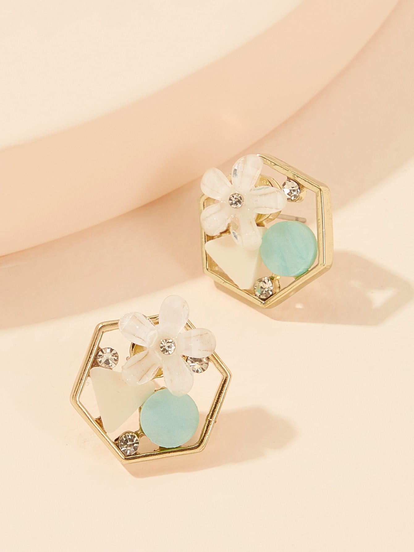 Golden Hexagon Shaped With Flower & Rhinestone Detail 1 Pair Stud Earrings