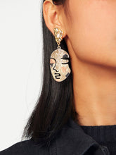 Load image into Gallery viewer, Golden Metal Face Design Drop Dangle 1 Pair Earrings
