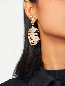 Golden Metal Face Design Drop Dangle 1 Pair Earrings
