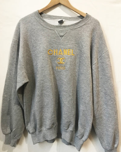 Vintage Bootleg Chanel sweatshirt in Grey