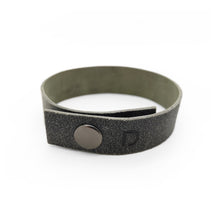 Load image into Gallery viewer, MINIMAL CONCRETE BRACELET