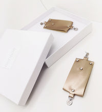 Load image into Gallery viewer, CLASSY ROSEBEIGE EARRINGS