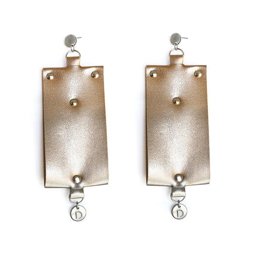CLASSY ROSEBEIGE EARRINGS
