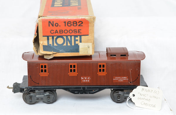 Lionel prewar 1682 New York Central caboose with box