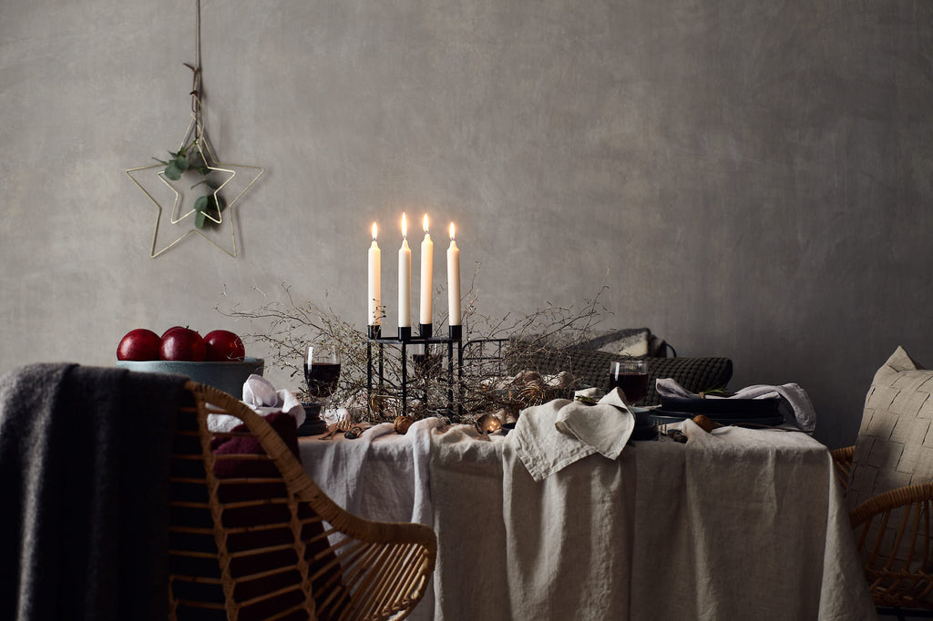 Festive Dining Table with Linen Table Linen