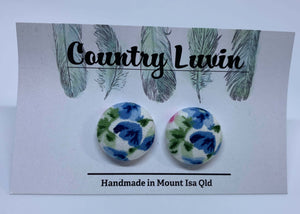 Country Luvin' - 19mm Fabric Button Earring – Blue Flowers