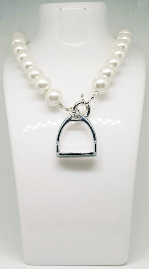 Paisley May Boutique Pearl & Stirrup Necklace