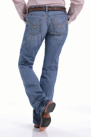 Women's Cinch Ada Relaxed Fit Light Stonewash Jeans