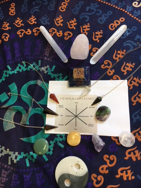 Gemstone Pendulums workshop for guidance and divination with Feng Shui Magic/On Zoom