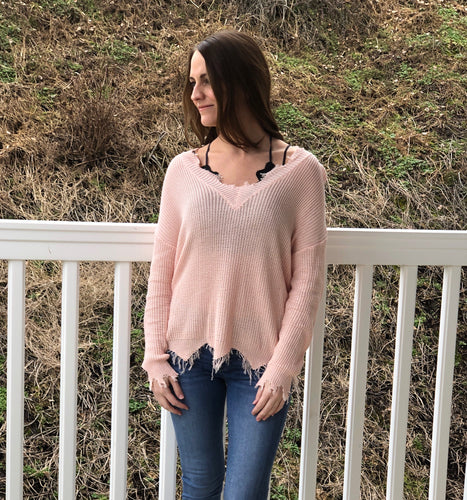 LIGHT PINK FRAYED SWEATER