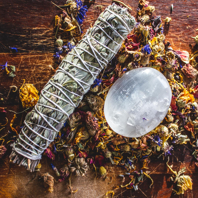 Cleansing Sacred Bundle, with Sage Smudge Stick & Selenite