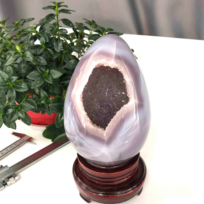 Hand-Crafted Violet Agate Geode Healing Crystal Egg