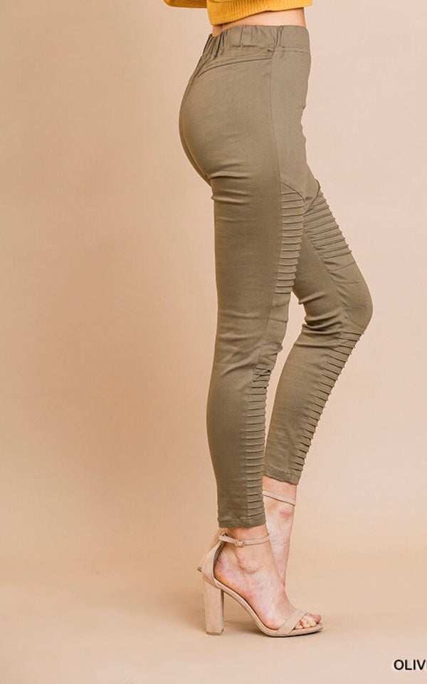 The Justine Olive Motto Leggings