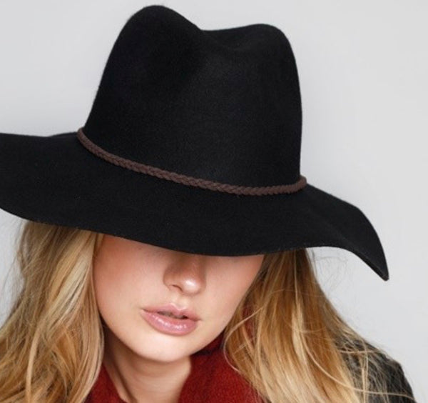 The Topped In Black Wool Hat