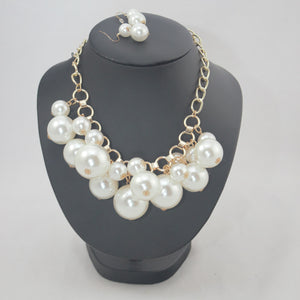 "Cream - Bubbles Neckpiece (20"") and Earrings"