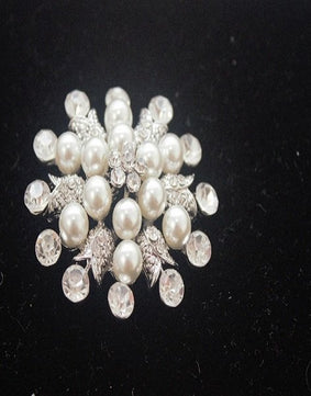 Sale Silver and Pearl Round Brooch