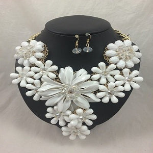 Sale 'White' Floral Neckpiece and Earrings
