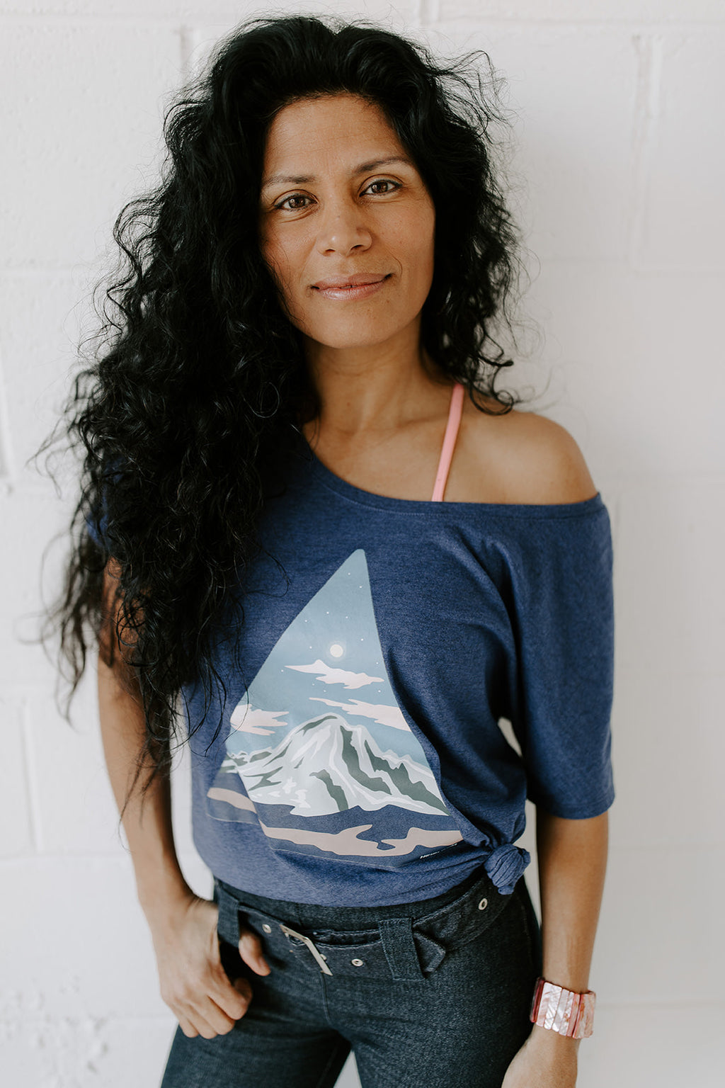 Triangle Peak Women's Scoop Neck T-Shirt | Heather Navy