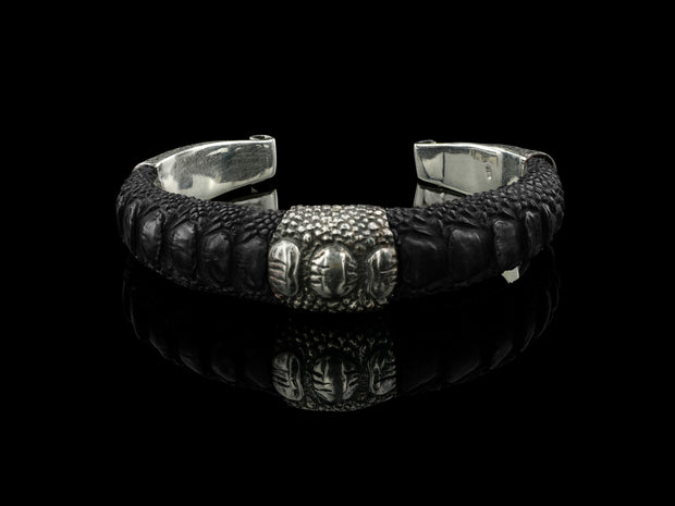 COMING SOON: Artemis Bracelet, Black