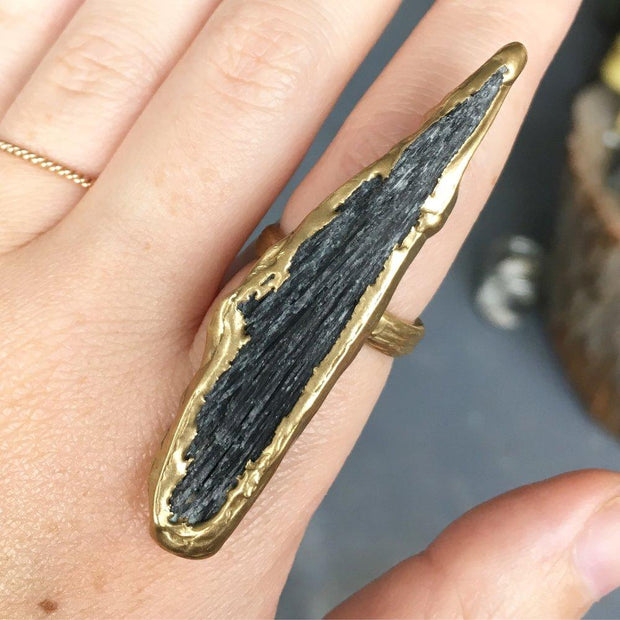 Dusk Ring with Black Kyanite in Brass