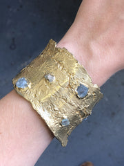 Kindling Cuff with Rough-cut Aquamarine, Emerald and Tanzanite in Brass