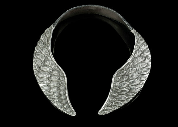 Veritas Feather Choker