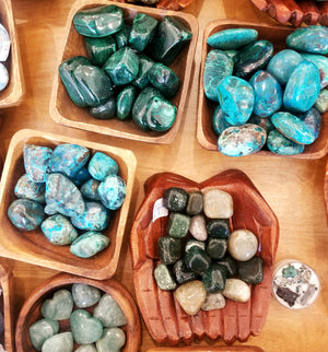 Tumbled Stones and Mineral Bar