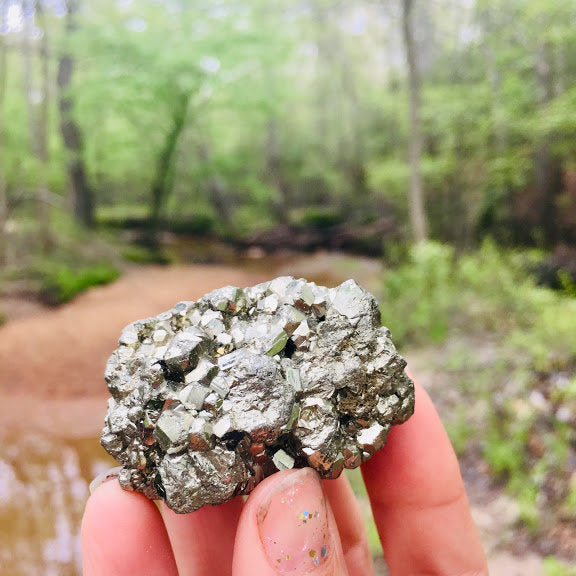Pyrite raw Cluster from Peru / Fools Gold / Prosperity/ Warm Radiating Energy/ Protective Stone/ Crystal for Abundance