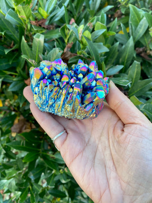 Titanium Aura Quartz Cluster / Rainbow Aura Quartz/ Aura Quartz Crystal / stone for creativity and Cheerfulness