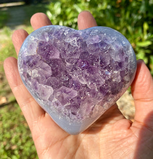 A Quality Large Druzy Amethyst Heart / 4-5 inches across / Spiritual / Intuition / Calm and Relaxing Stone