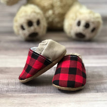 Load image into Gallery viewer, Buffalo Plaid and Tan Low Top Moccasins