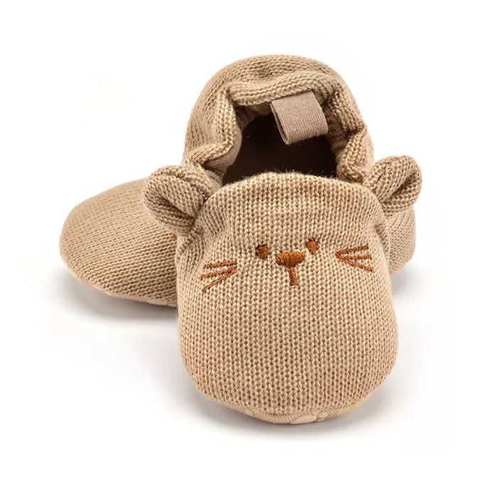 Knit Mouse Booties in Tan
