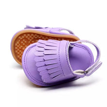 Load image into Gallery viewer, Tassel Me Up Baby Sandal in Lilac