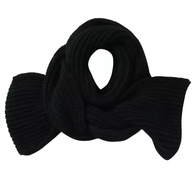 Knit Ribbed Scarf in Black