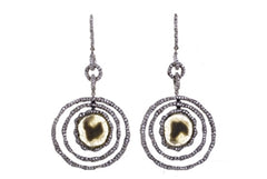 LA REINA 18K GOLD FLAT DIAMOND CIRCLES EARRINGS