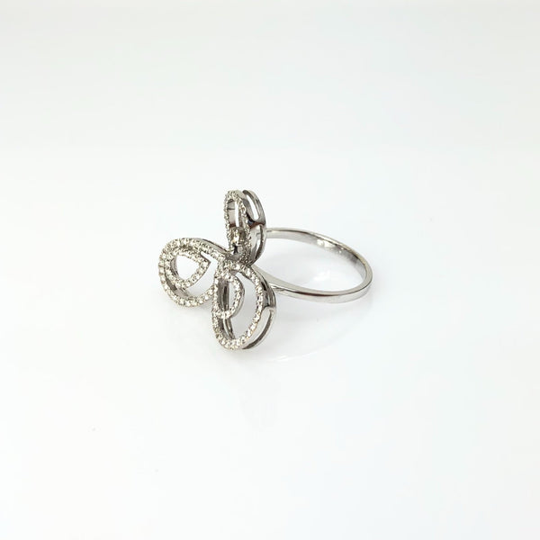 White Gold and Diamond Tri-Tear Diamond Ring