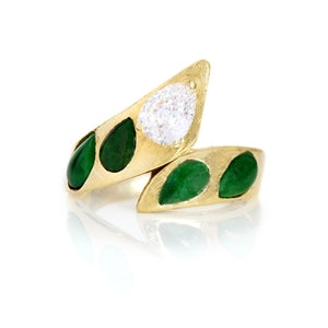 LUCKY LADY BAND - CLOVER EMERALD AND DIAMOND RING 14K YELLOW GOLD AND DIAMONDS