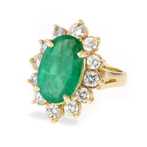 DIAMOND & EMERALD CUSHION RING