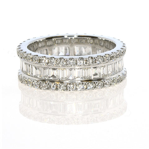 Embrace Me Band - 18k White Gold Diamond Eternity Ring
