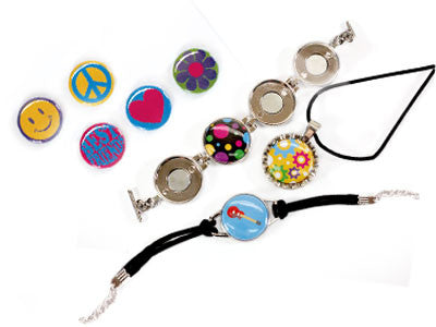 Button makers with interchangeable dies