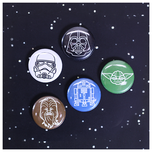 Classic Star Wars Characters Chewbacca, R2-D2, Yoda, Small Collector Buttons