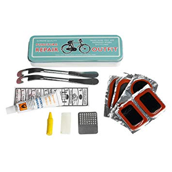 Small and compact repair kit for cyclists.