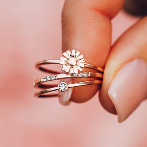 Daisy Pickin Ring Stack Rose Gold
