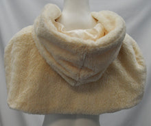 Load image into Gallery viewer, Faux Fur Hooded Capelet